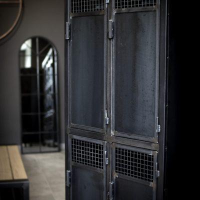 Vestiaires 4 portes Métal sur mesure salle de crossfit