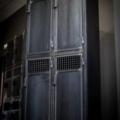 Vestiaires 4 portes Métal brut
