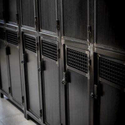 Vestiaires 4 portes Métal sur mesure salle de sport