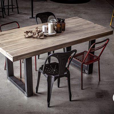TABLE BOHEME
