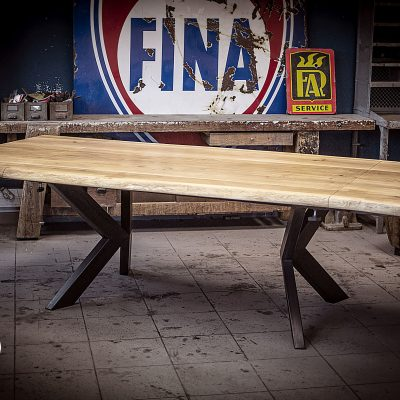 Table industrielle a rallonges