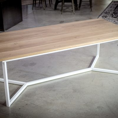 Table pied chevron blanc