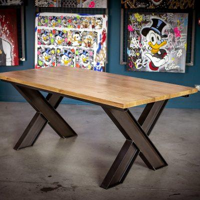 TABLE AVEC PIED IPN A RALLONGES